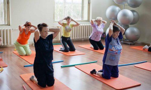 Для ЛФК характерно сочетание дыхательной гимнастики и общеукрепляющих упражнений в пропорции 2:1