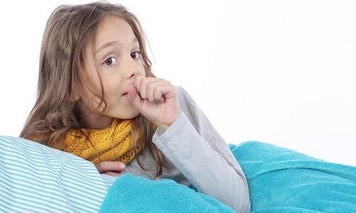 Хрипы при бронхите у ребенка - характерный симптом болезни