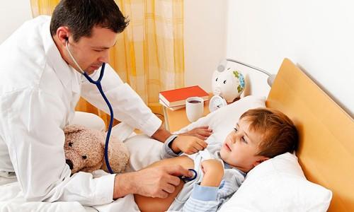 При подозрении на заболевание не стоит затягивать с визитом к врачу