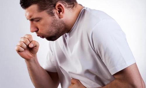 Препарат помогает при любом виде кашля и эффективен при бронхите