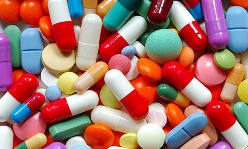 Медикаменты стимулируют процесс выведения мокроты из дыхательных органов
