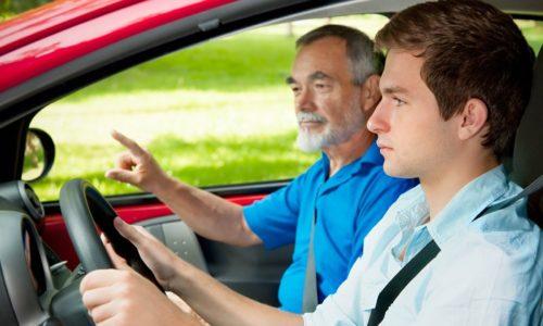 Фурацилин не влияет на скорость реакции, поэтому его можно применять водителям