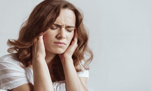 Нередко приступу удушья предшествует головная боль по типу мигрени