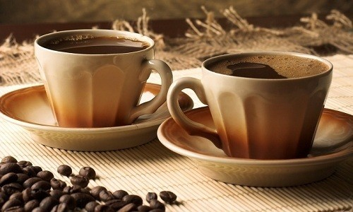При лечении больных Эуфиллином необходимо отказаться от употребления черного кофе