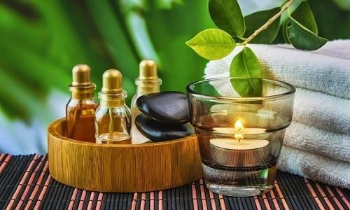 В домашних условиях грудную клетку можно растирать эфирными маслами
