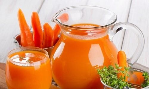 Для лечения бронхиолита у ребенка и взрослого в домашних условиях используют морковный сок