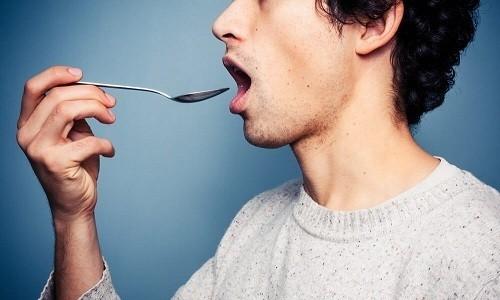 В большинстве случаев сиропы от кашля принимают после еды