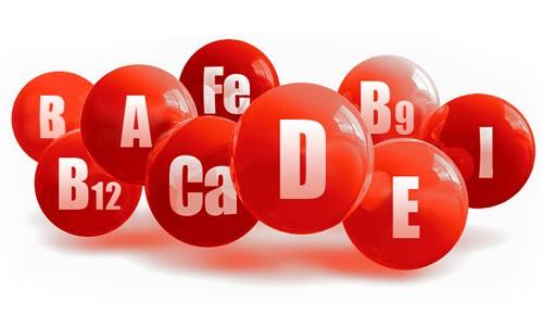 Для усиления иммунитета беременной следует принимать комплекс витаминов